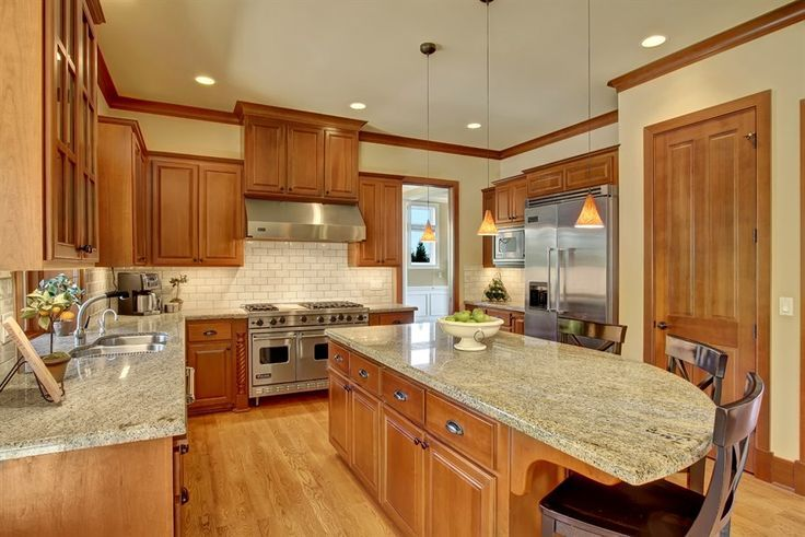 Oak Cabinets With White Subway Tiles Yahoo Image Search Results Kitchen Remodel Small Kitchen Renovation Kitchen Remodel