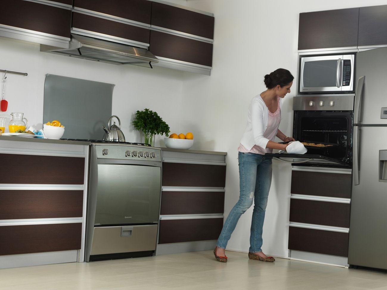 Cocina Montecarlo Horno Empotrable Electrico Hei 60ecrt Ambiente