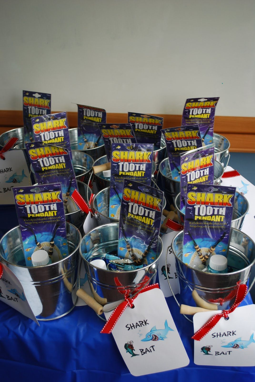 shark party ideas The favors shark water squirters