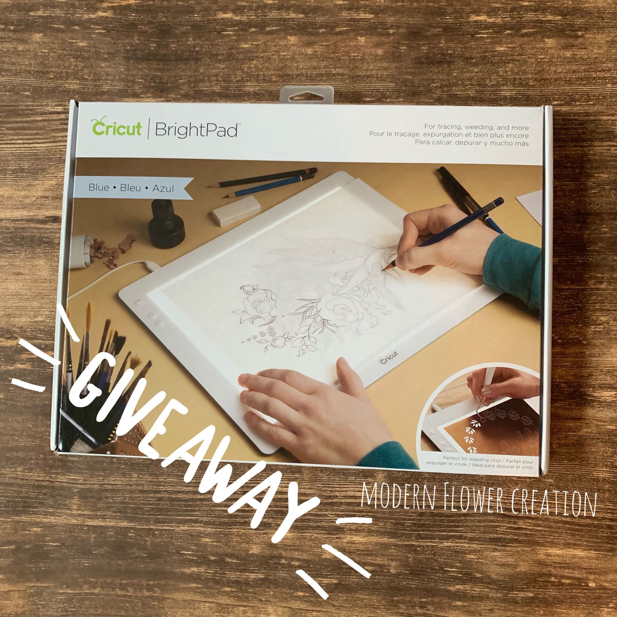 Cricut Brightpad Giveaway Perfect For Tracing And Weeding Cricut Brightpad Cricut Giveaway