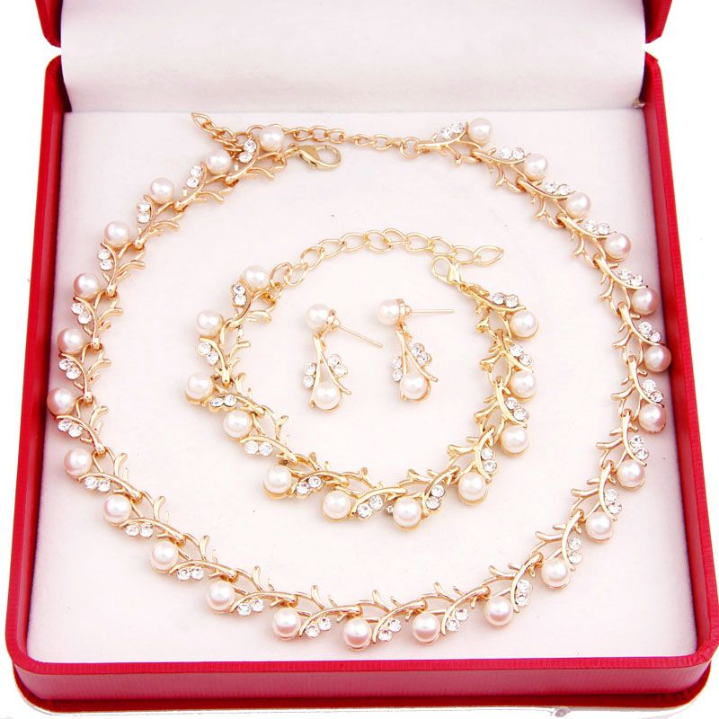 Imitation Pearl Gold Plated Simple Elegant Bridal Jewelry Set Kit