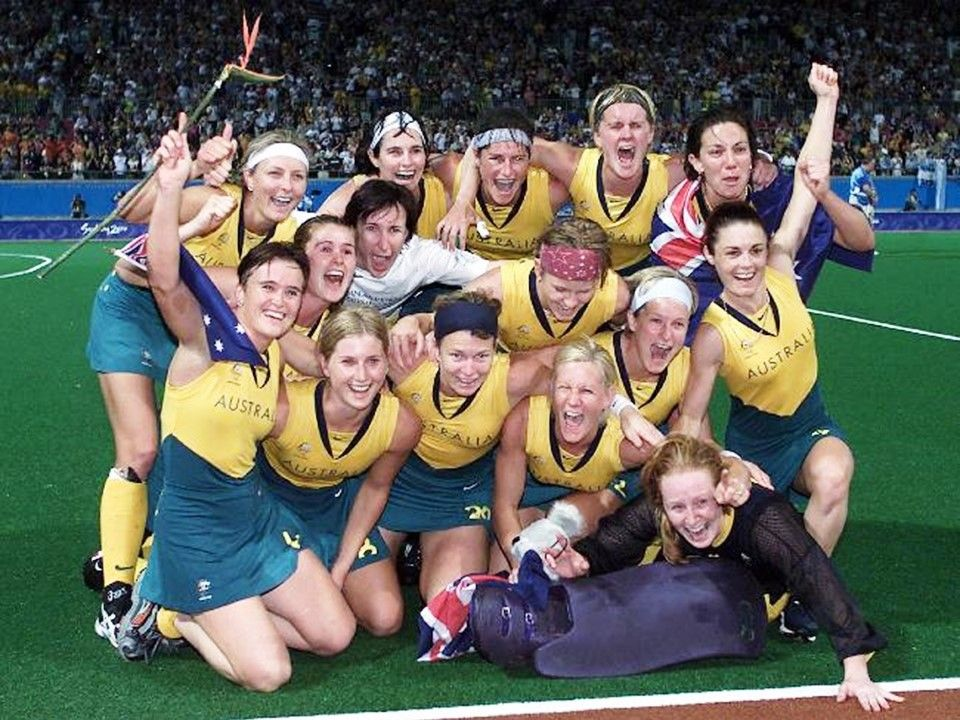 2000 Sydney Olympics The Australian Womens Hockey Team Celebrate After Defeating Argentina In