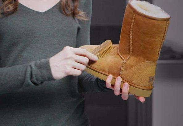 How To Clean Suede Uggs Boots At Home Without Cleaner Without Ruining Them Diy Uggs Boots Have Become Very Tr Ugg Boots How To Clean Suede Cleaning Ugg Boots