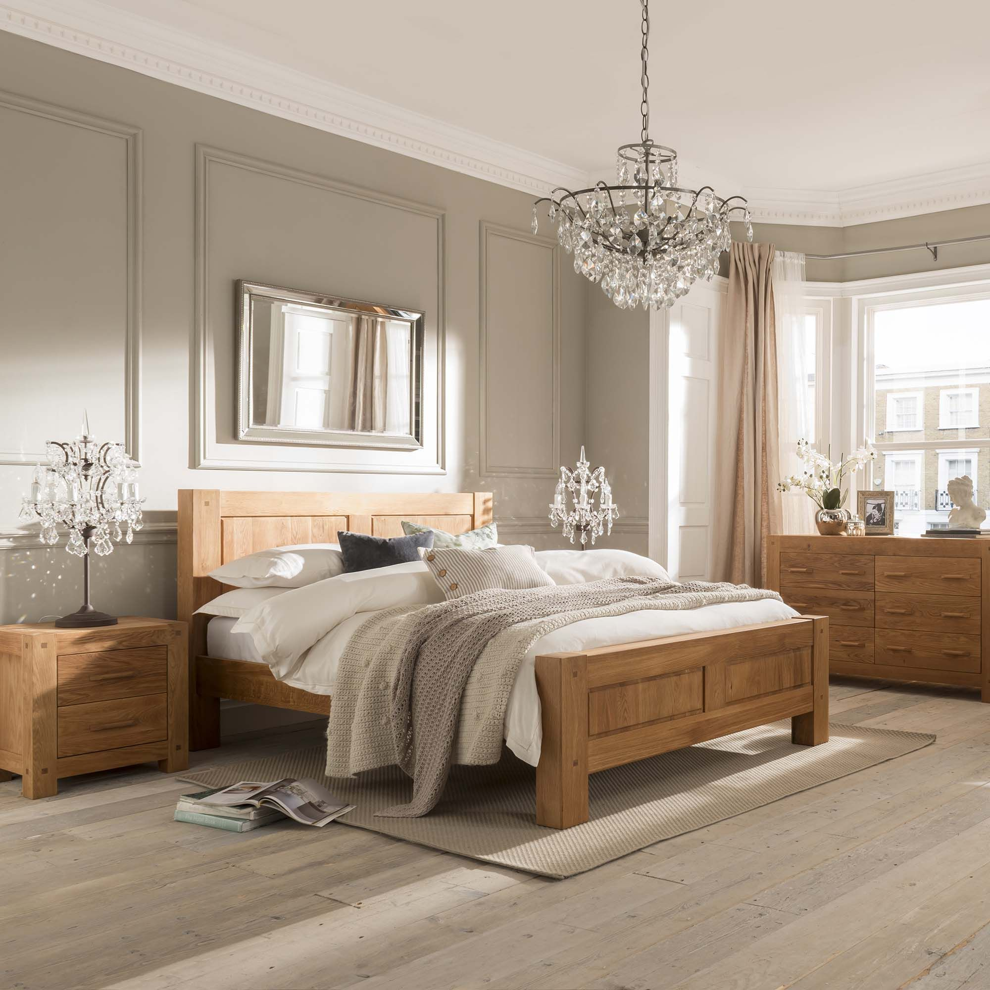Quality Oak Bedroom Furniture Combining Quality And Style The Tacoma Bedroom Range Has A Simple