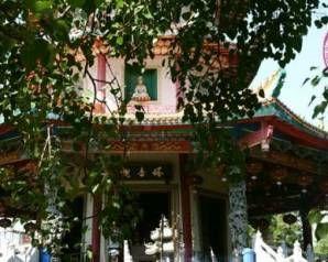 Kleurrijke pagode in Semarang