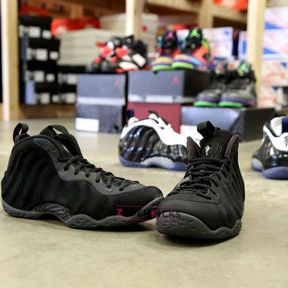 2959049e1f8 nike-air-foamposite-one-black-nubuck-sample-2