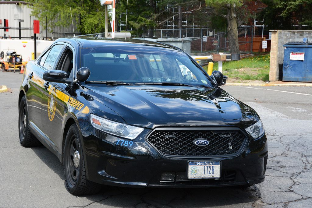 Picture Of New York State Trooper Car 1t20 2014 Ford Taurus