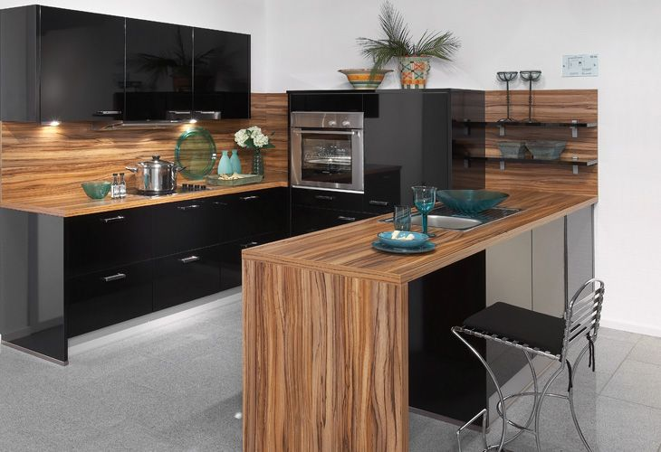 k che in schwarz k cheninsel schwarze k chen pinterest. Black Bedroom Furniture Sets. Home Design Ideas