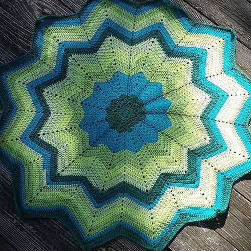 Marykz\'s Rainbow Ripple Baby Blanket | Babydecken