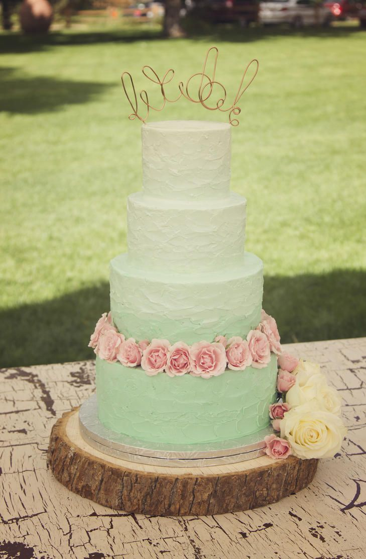 These Gorgeous Green Ombre Wedding Cakes Are Perfect For St ...