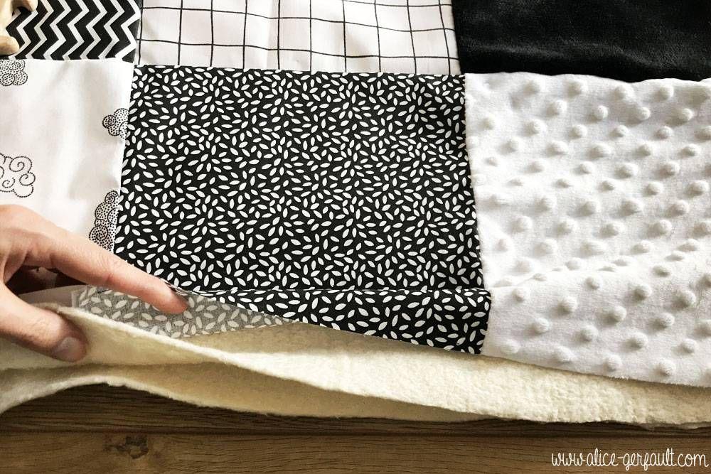 Tapis d'éveil sensoriel Montessori, 6 textures - Couture par Alice Gerfault