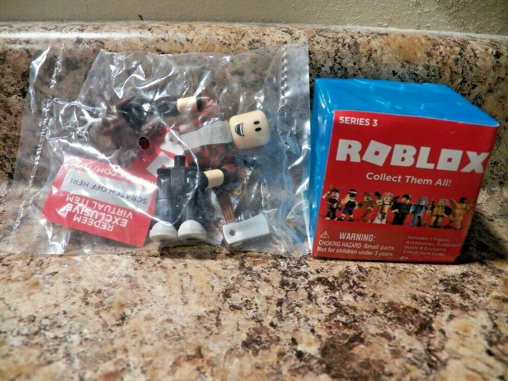 Roblox Series 3 Lumberjack Tycoon Mini Figure Blue Cube With