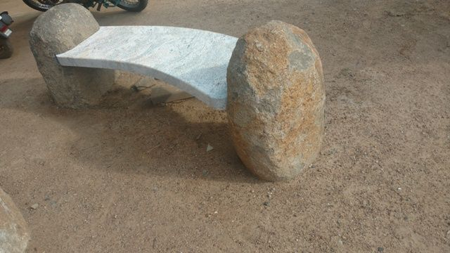 Fine Garden Benches And Tables Made Of Stone Stoneart Benches Bralicious Painted Fabric Chair Ideas Braliciousco
