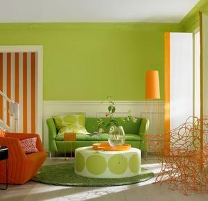Sehr Erfrischend: Hier Wurde Die Trendfarbe Farn Mit Einem Starken ... Wohnzimmer Grun Orange