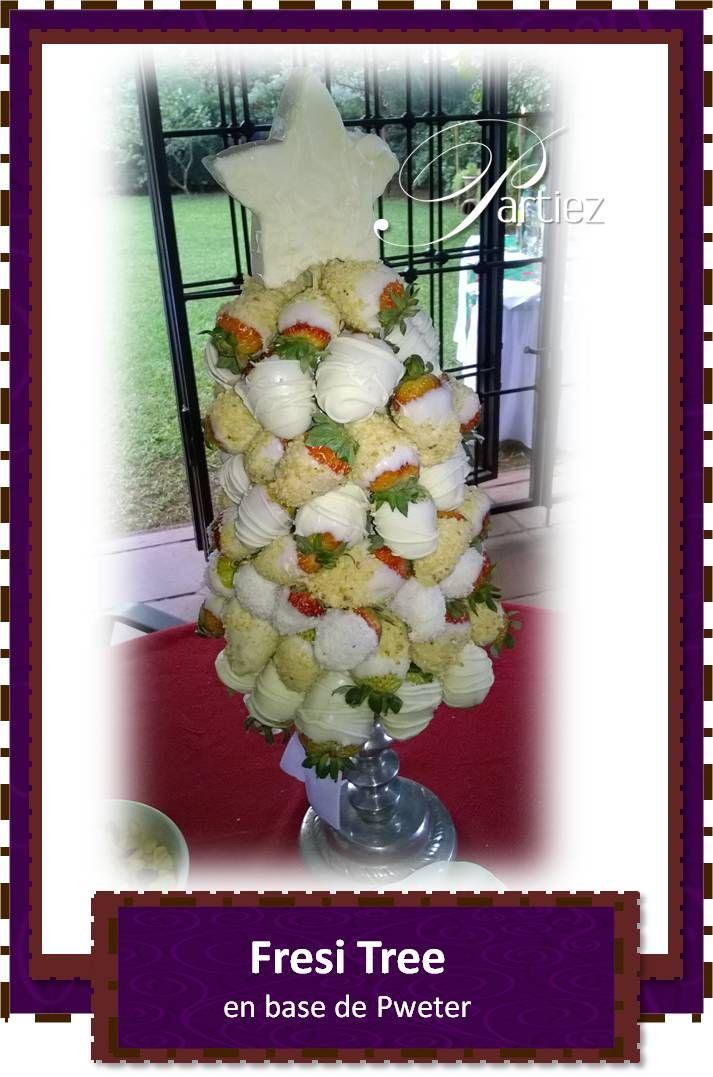 Bouquet de fresas cubiertas de chocolate blanco y coverturas de coco y mani en base de pweter