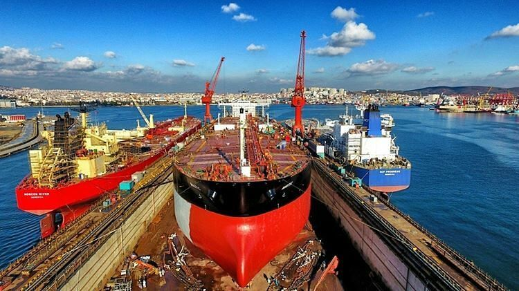 Tuzla Shipyard Owns A Dry Dock Which Is Able To Accommodate Vessels Up To 350 M In Length 65 M In Width And Of Approx 109000 Tons Ship Merchant Marine Vessel
