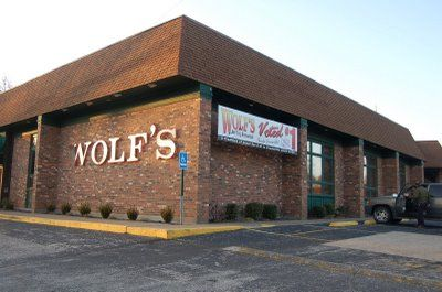 Wolf S Bbq Evansville In Holiday World Indiana Evansville Evansville Indiana