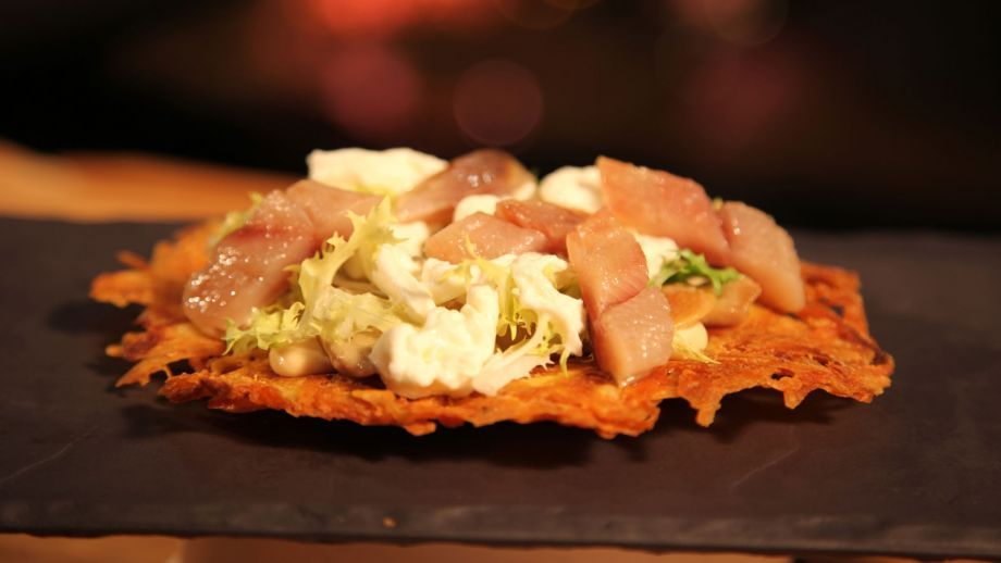 Receta | Contrastes de mar y tierra (Sardina ahumada, boletus y queso Idiazábal) - canalcocina.es