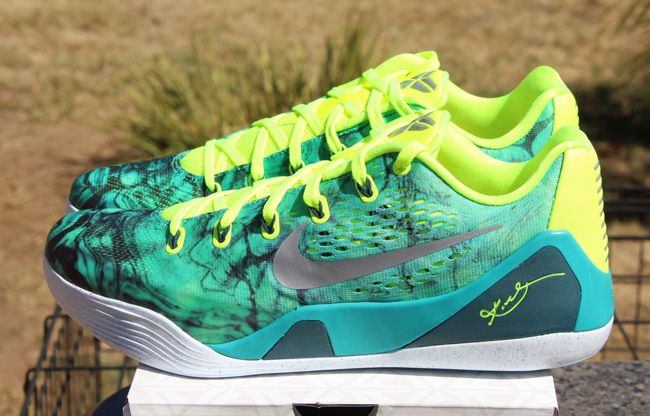 best sneakers 8523b 80dc3 Nike Kobe 9 EM Easter (Available Early)
