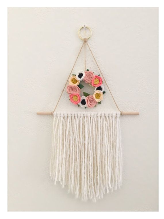 FLORAL WALL HANGING // Felt Flower Wreath // Yarn Wall ...