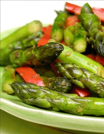 Sauteed Garlic Asparagus With Red Peppers Recipe Genius