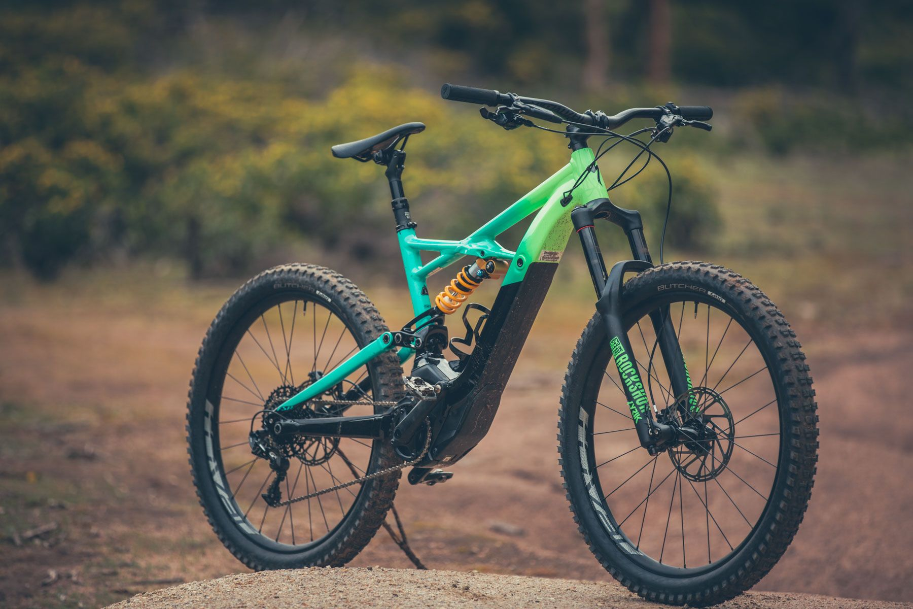 The Mother Of All E Bikes Specializeds Levo Kenevo Is Here Flow Skai Robust Offtheshelf Power Electronics For Emobility Mountain
