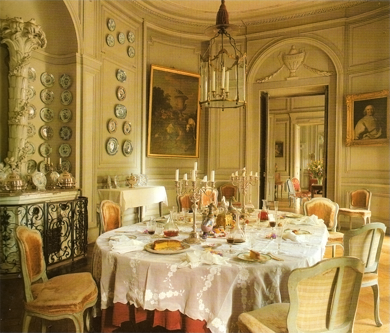 Chateau de montgeoffroy architects interiors and french for French chateau style decor