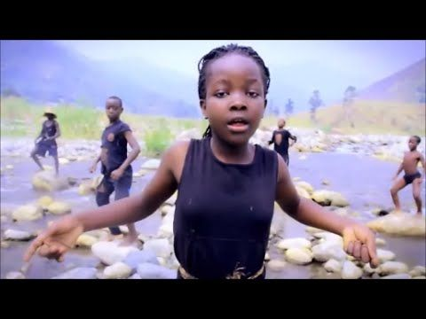 77b8450c6ac754b56aa9347bdc5f49f0 ghetto kids of sitya loss dancing jambole by eddy kenzo youtube