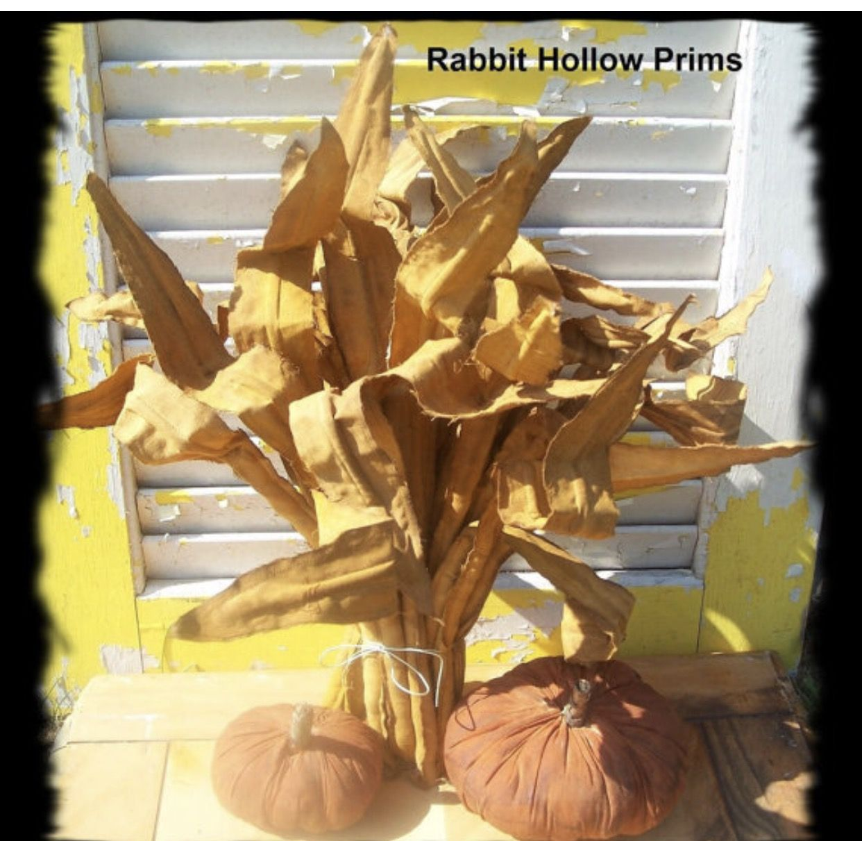 Pic of the day corn 🌽 stalks and 🎃 #folkart #handmade #etsy - Primitive Halloween Decor