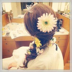 ラプンツェル風の髪型 ヘアアレンジの画像 結婚式 成人式 卒業式にぴったり 三つ編み コスプレ Naver まとめ Hair Styles Hair Style