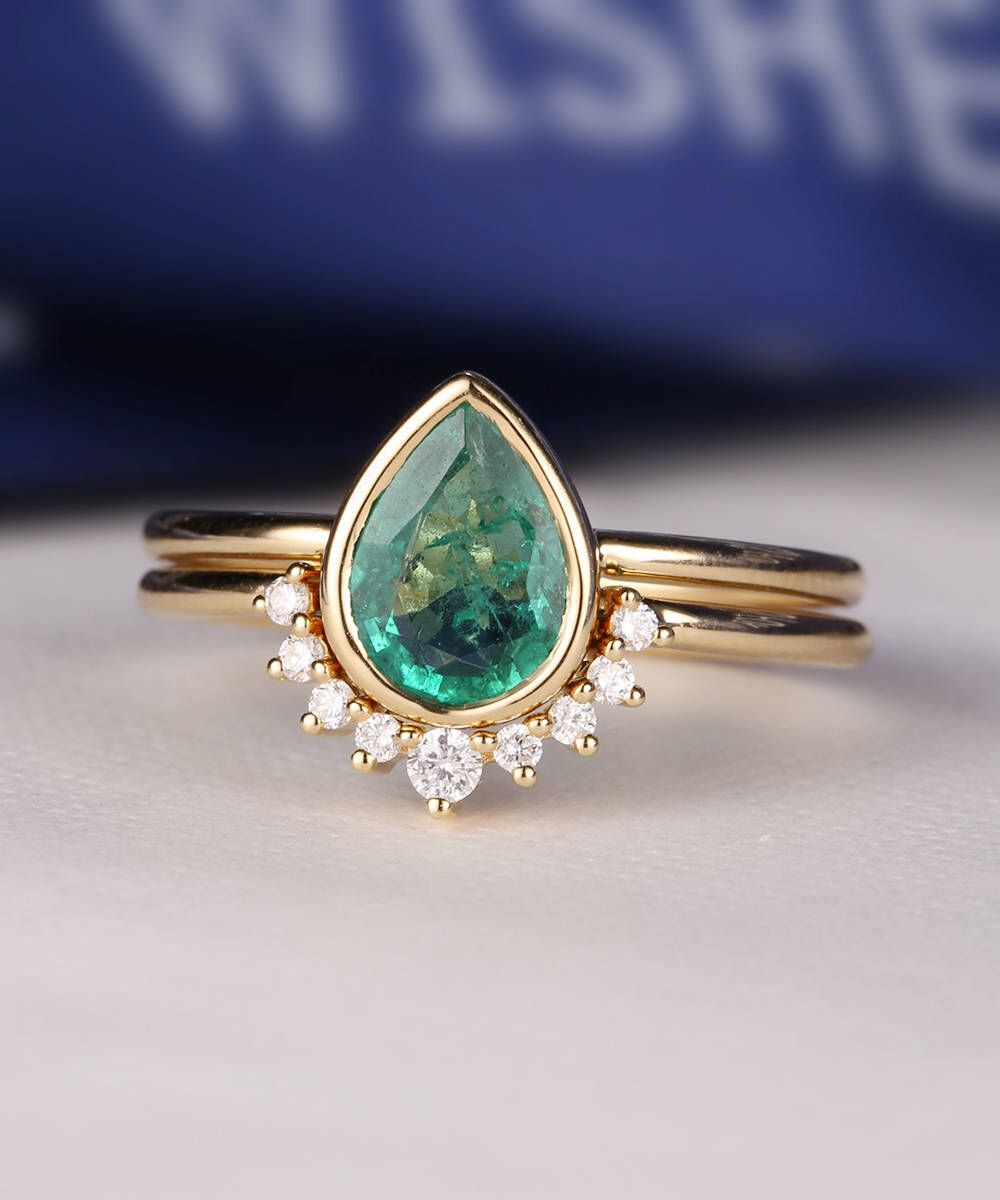 Emerald Engagement Ring Set Pear Shaped Cut Wedding Ring Women Vintage  Curved Band Diamond Bridal Jewelry