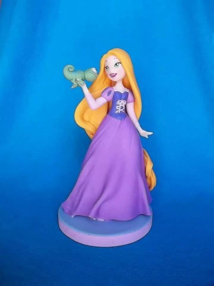 Erika teran porcelana fria   princesas   Pinterest   Porcelana fría ...