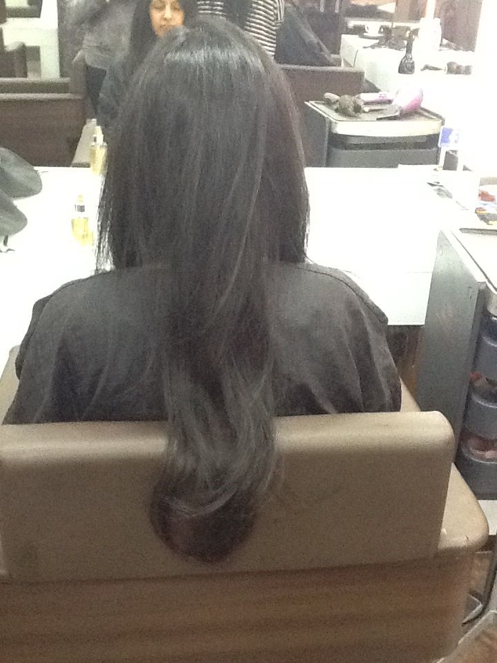 One Length Haircut With Square Layers And Round Brush Blowdry