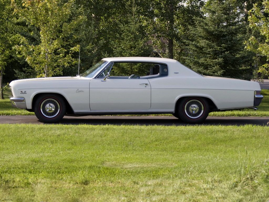 1966 Chevrolet Caprice http://classiccarland.com/muscle/12-legendary ...