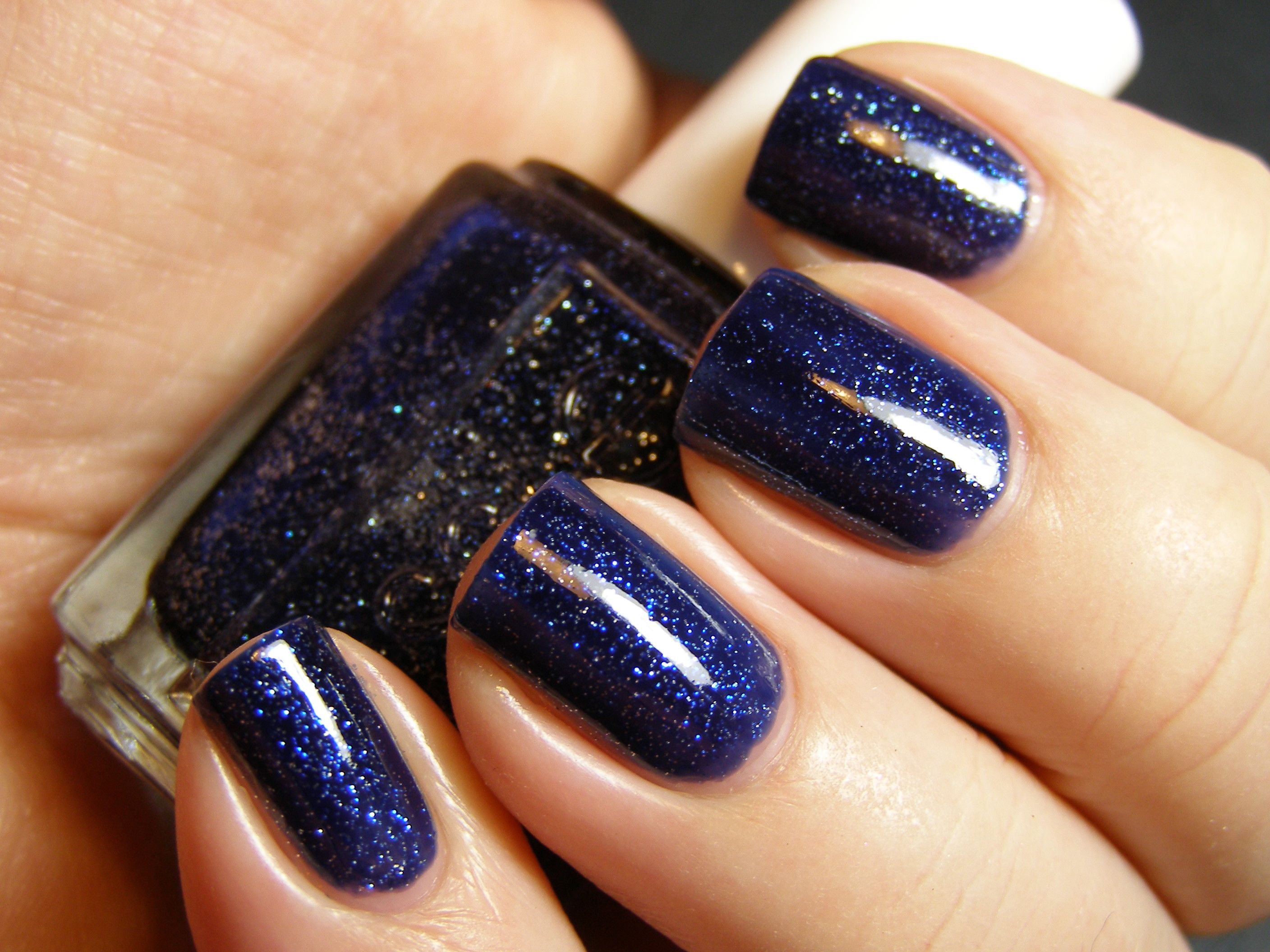 "essie's polish in ""starry starry night"" [limited edition]"