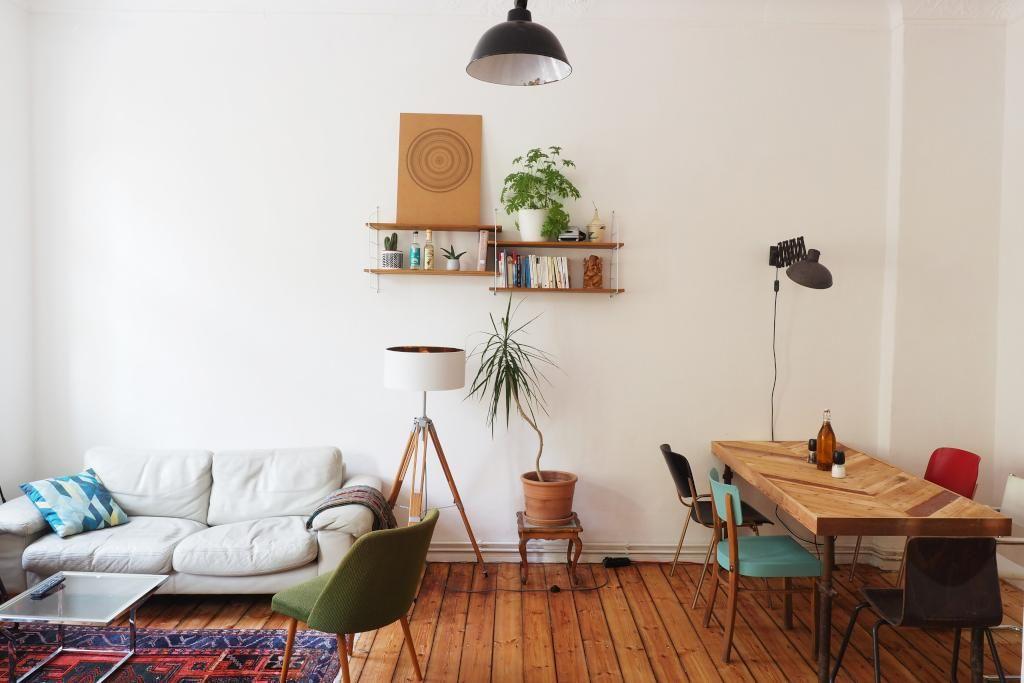 Helles Ess-/Wohnzimmer im Retro-Stil #Wohnzimmer #Esszimmer