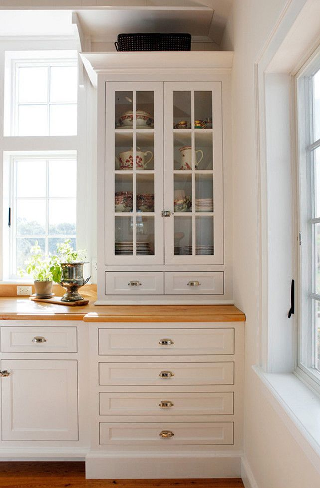 Benjamin Moore Atrium White Benjamin Moore Crisp White Cabinet