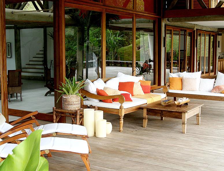 Inside Bella And Edward S Honeymoon Island Home Honeymoon House House Home
