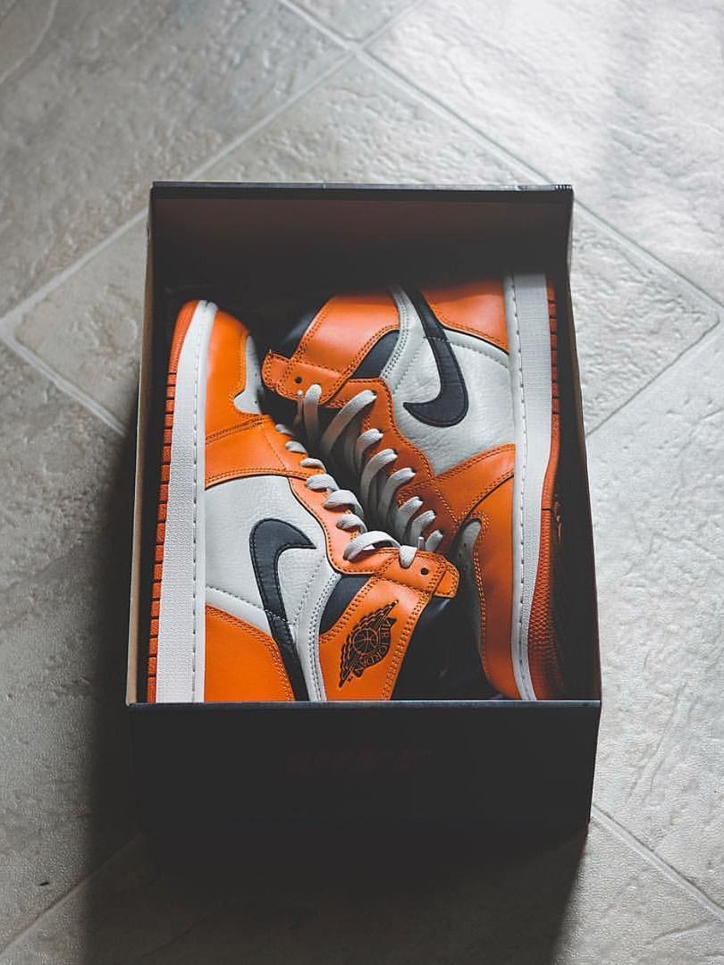 Women Shoes In 2020 Jordan 1 Shattered Backboard Leopard Nikes