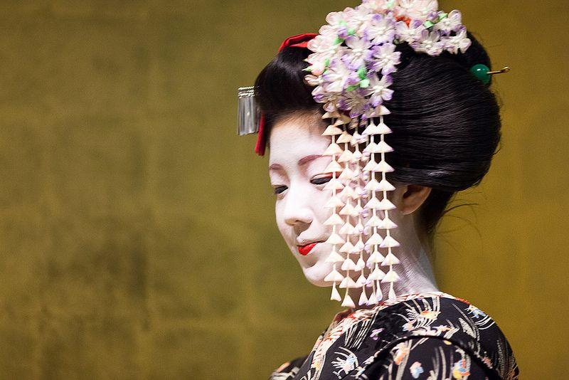 Maiko Omisedashi