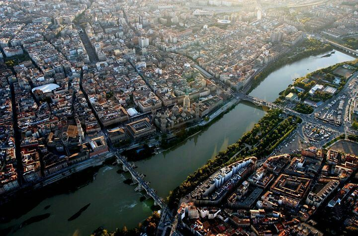 Vista aerea de Zaragoza