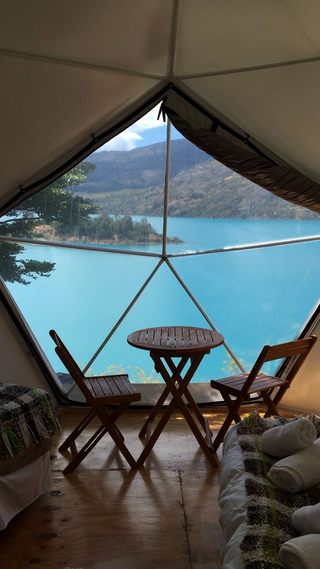 Located on the shores of the General Carrera Lake, Pared Sur Camp is an expedition center and base camp that offers dome tents, camping and rooms. Visit our Chile guide for more information on how to stay here.
