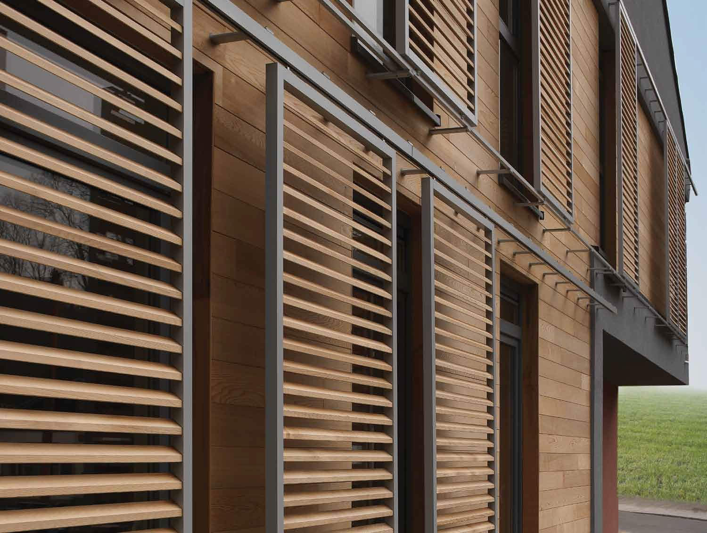 celos a con lamas de madera de fachada ajustable