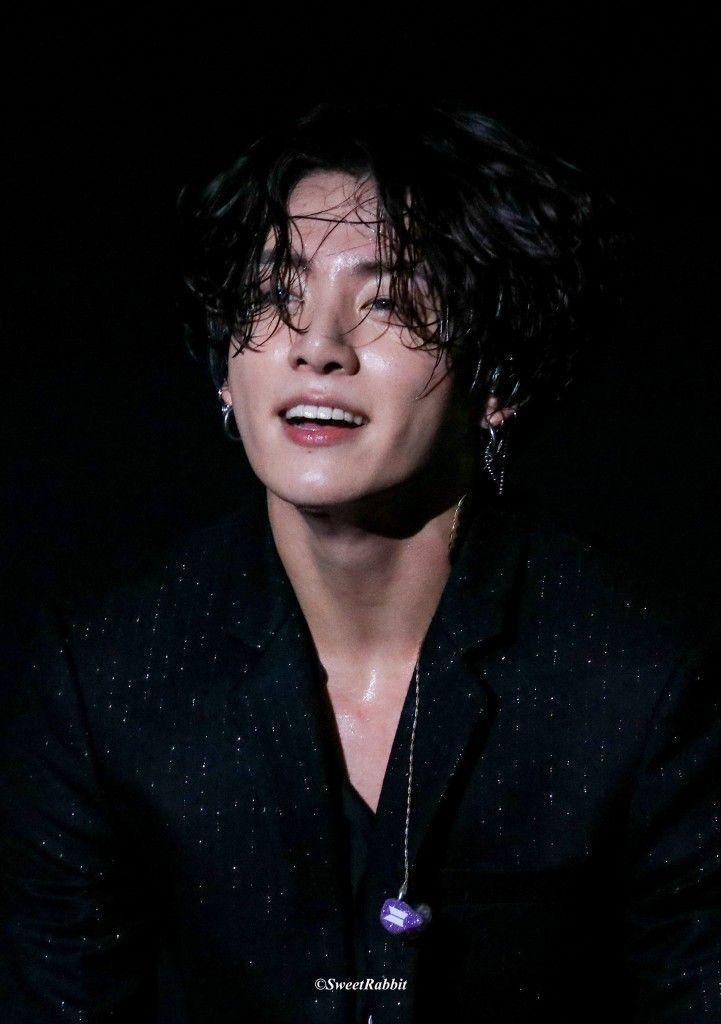 Jungkook 11082019 Jungkooklonghair In 2020 Jungkook Long Hair
