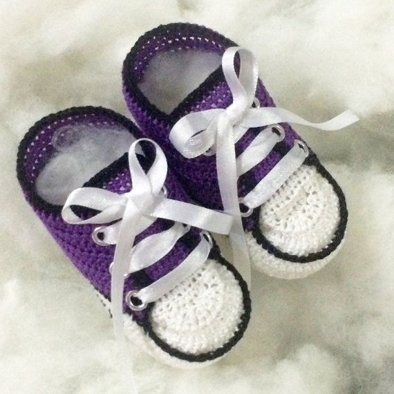 e746f2d5b195f BABY girls handmade crochet shoes NEWBORN converse booties | Etsy ...