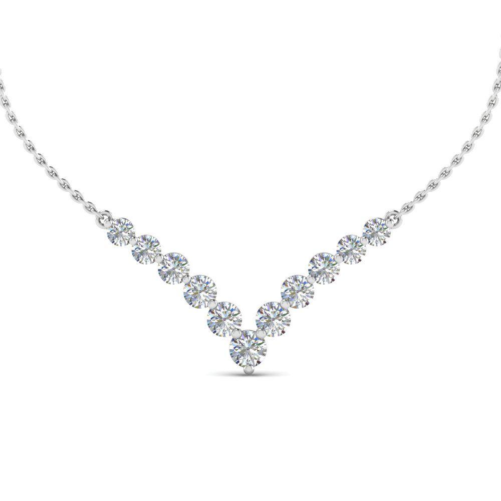 14k White Gold 0.70 Carat Graduated Round Diamond Necklace