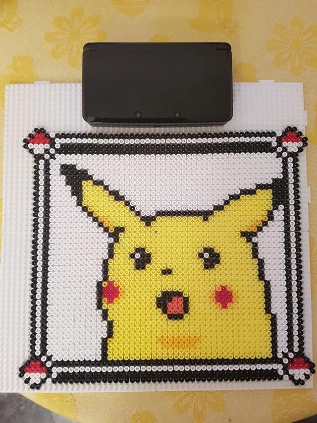 Shocked Pikachu Meme In Colour Beadsprites Pixel Art Pokemon Perler Bead Art Pixel Art