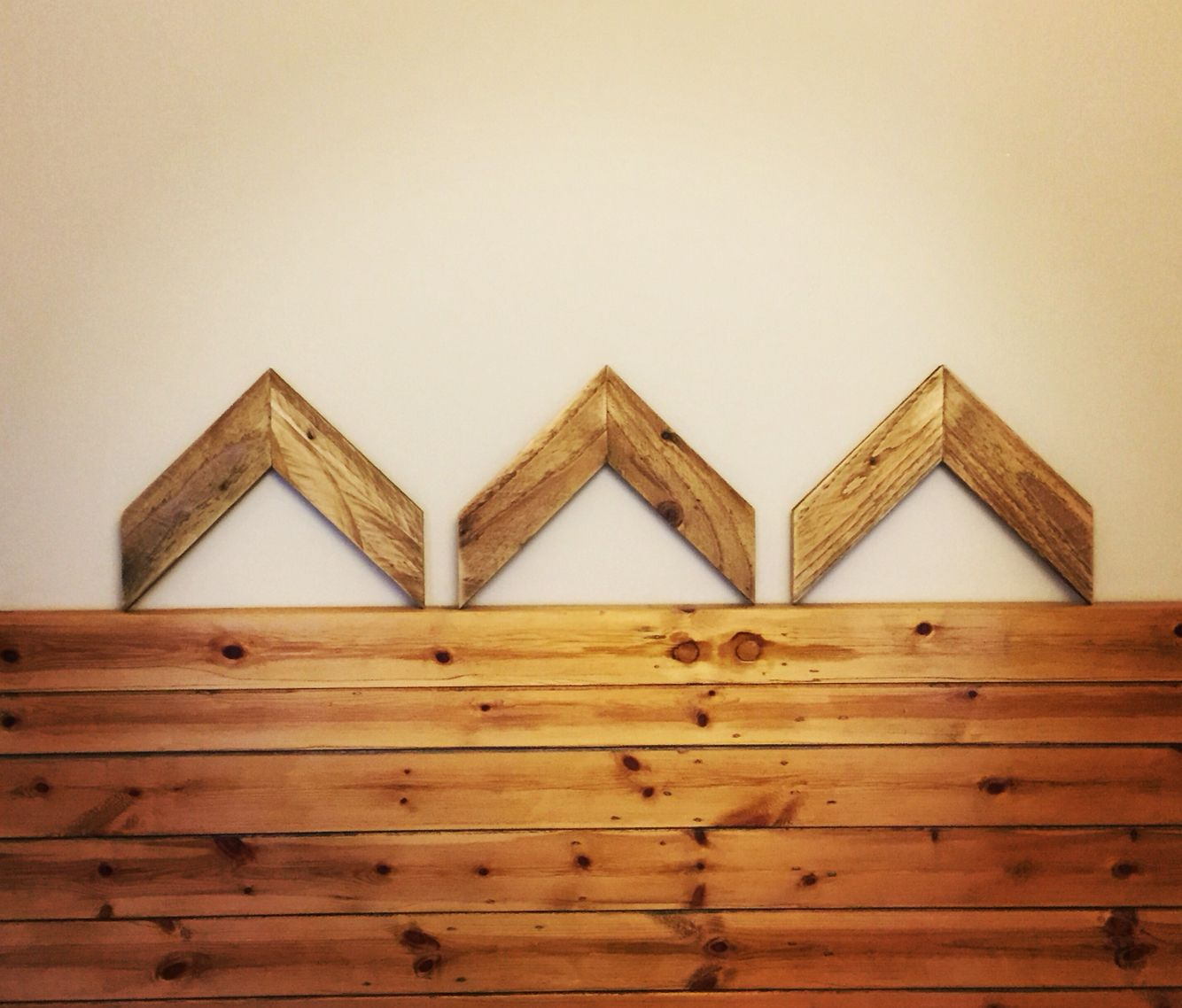 Reclaimed wood chevrons made from pallet wood. Made by ...