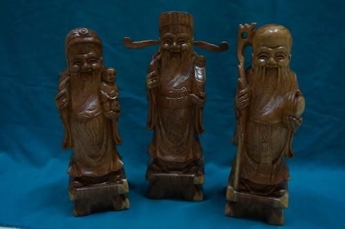 High quality wood statue for sale in Bangkok. Great save when buy at our shop. We specialize in Buddha statues, portrait statue, wooden statues, animal wooden statues, Chinese Gods statue. We have many dimensions for you to choose. Good idea for gift when visit Thailand.    Ship anywhere in Thailand.    Price starting: 2,000 baht (not include shipping)    Address: 10/7 Trendy Plaza, Sukhumvit Soi 13, Bangkok  Phone: 082 8888 548 $58.00 USD
