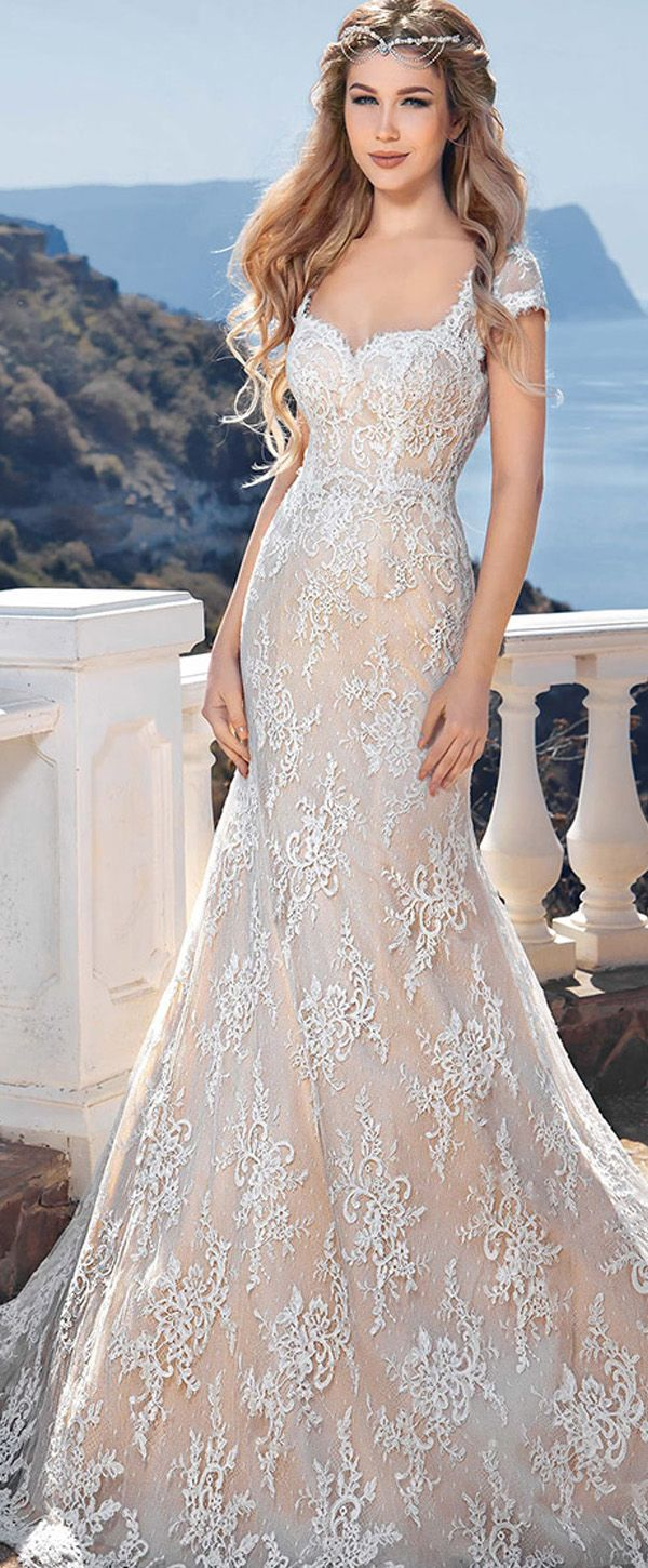 Elegant Lace Queen Anne Neckline Mermaid Wedding Dresses Beach Wedding Gown Wedding Dresses Lace Lace Mermaid Wedding Dress